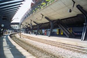 Stadelhofen Station, June 2000.