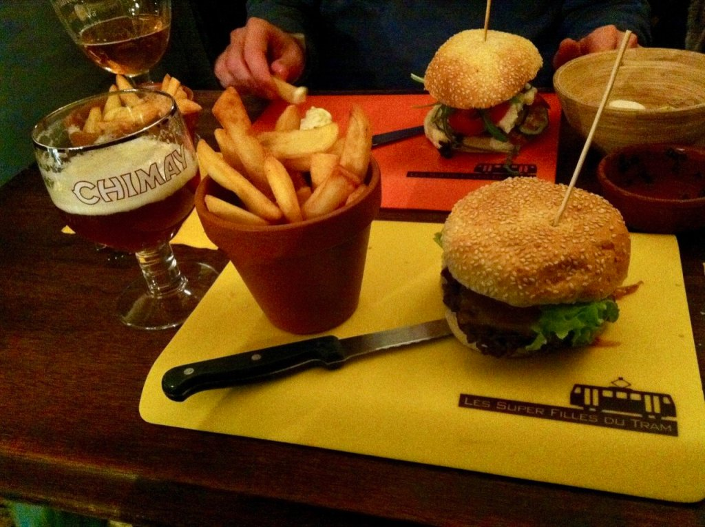 Photo of hamburger and french fries at Les Super Filles du Tram in Brussels