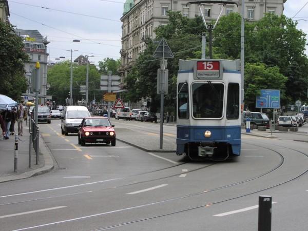Limmatquai Transit Priority Traffic Signal - 2001