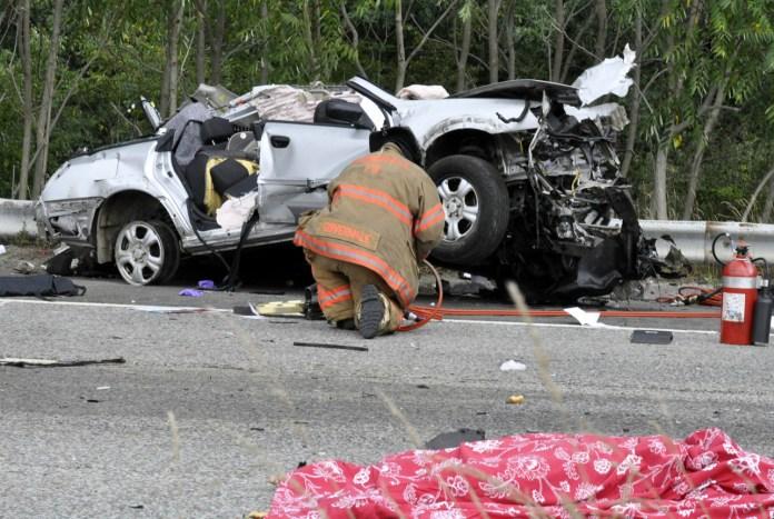 3_car_collision_wdoas_037