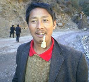 Amazing Driver - 3 Day Sleeper Bus Journey, Tibet to Yunnan