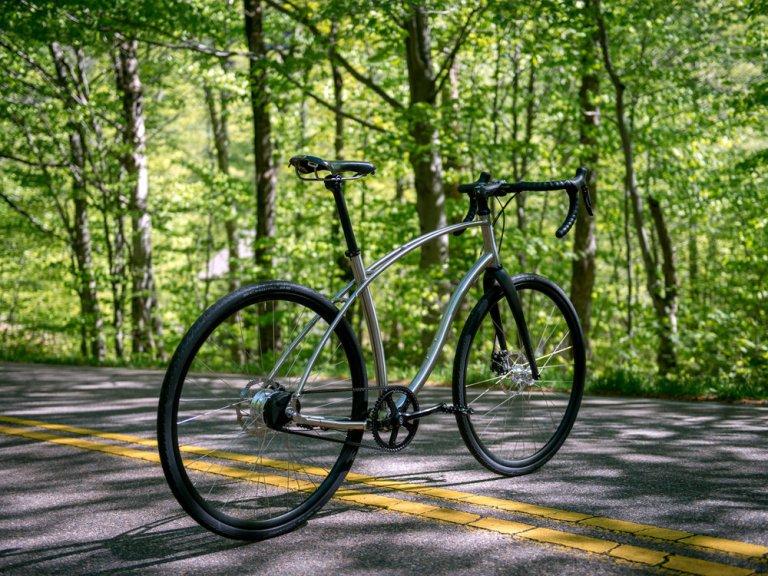 large_budnitz-bicycles_Zero_Ti_BlackLeather_Notch_3000_3x4-3