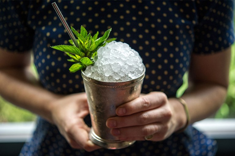 Thumb-Mint-Champagne-Julep-Derby-Day-Whiskey-Bourbon-Cocktail-Recipe