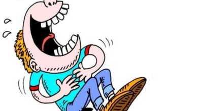 Анекдоты - Говорят, что женщина стесняется четыре раза в жизни