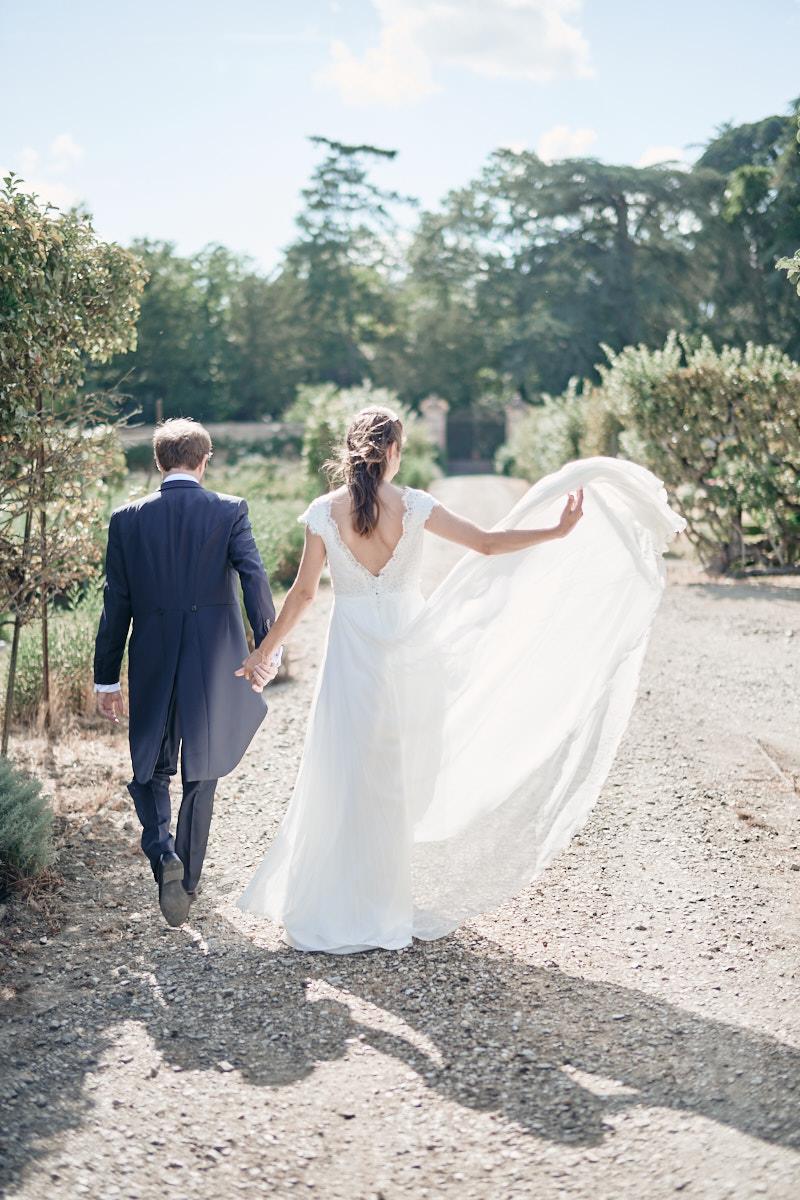 fin de la séance couple lors du mariage au chateau de craon