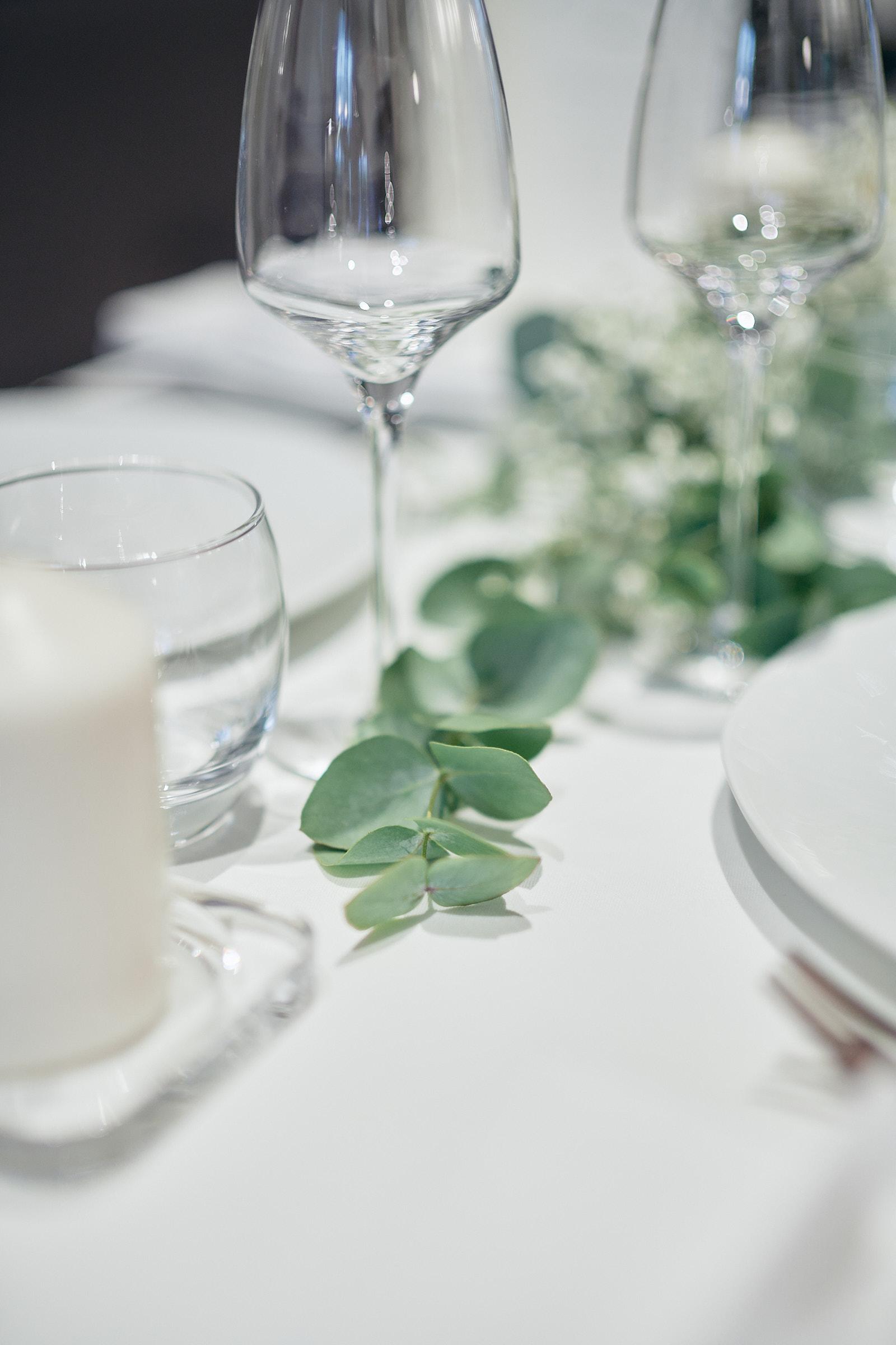 décoration florale pour le repas du mariage