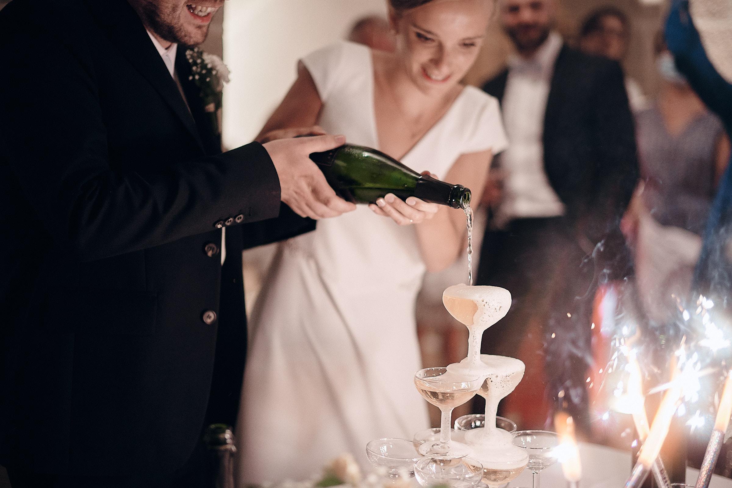 fotaine de champagne dans la salle de réception du châteu de Loyat