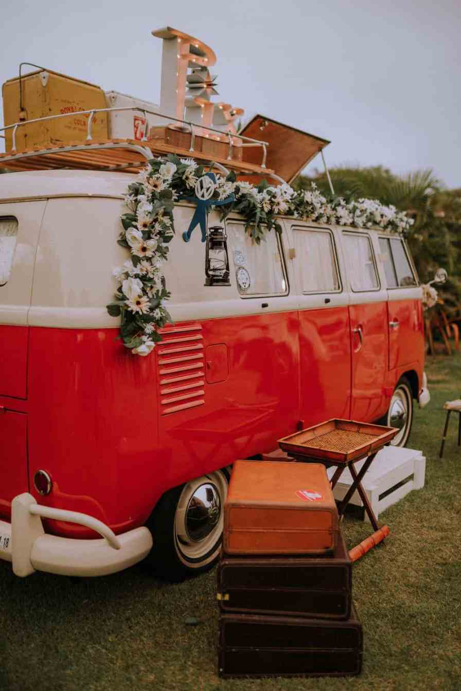 van rental for wedding Oahu, Hawaii