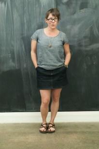 Denim Moss and Chambray Scout Tee https://anelementallife.wordpress.com/2014/04/12/moss-making-month-classic-denim-skirt-part-2/