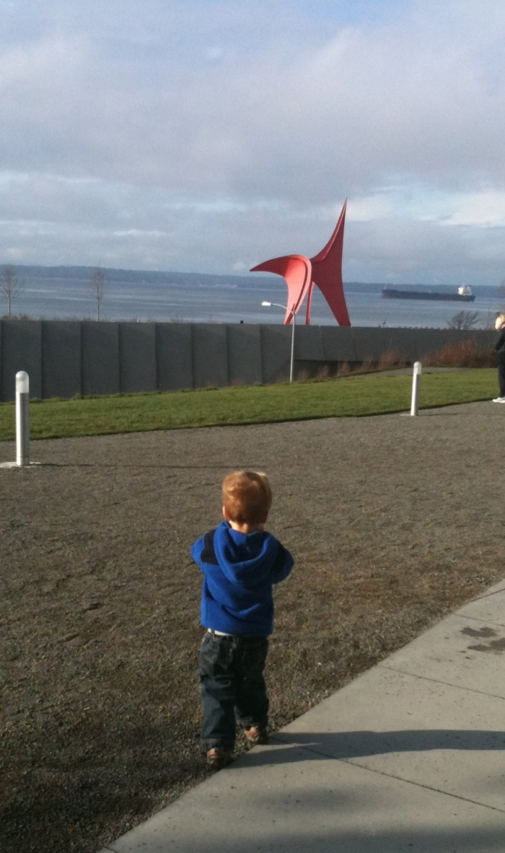 Lovely Place to Pack a Lunch (Olympic Sculpture Park, Seattle WA)