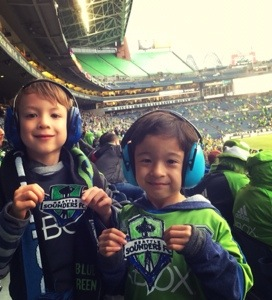 little homemade go sounders signs