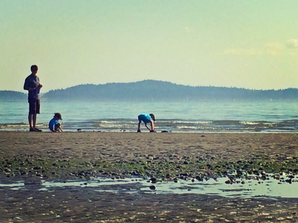 Another Hiking Adventure with our kids (Discovery Park, Seattle)