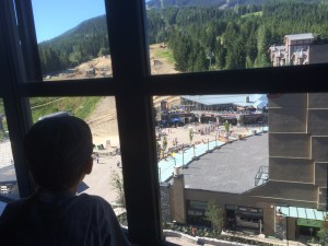 What does the view from the Sundial Mountain View Room look like