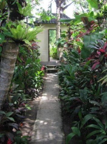 Bali-villa-in-the-rice-fields1