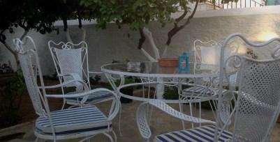 chairs_yard