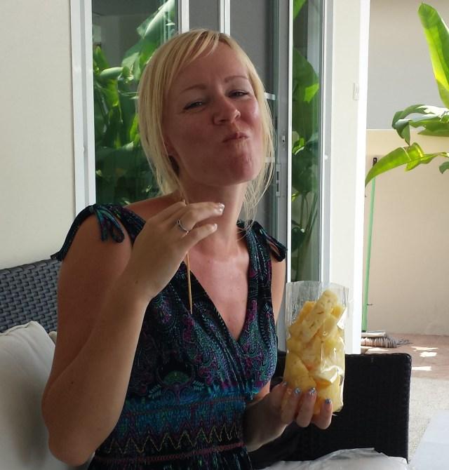 Anette ananas3 (beskåret2)