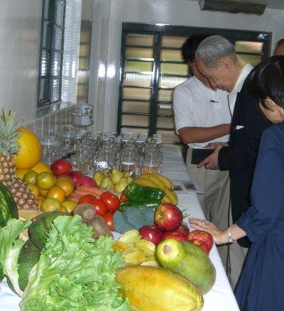 Prof. Kushi e os ingredientes da Floranew