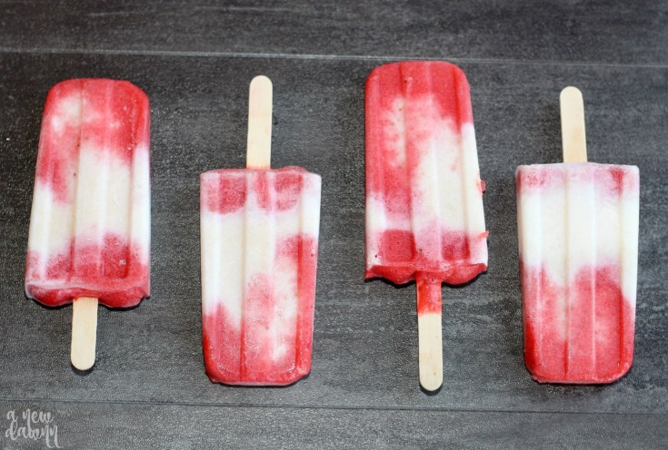 Strawberry Yogurt Popsicle Recipe