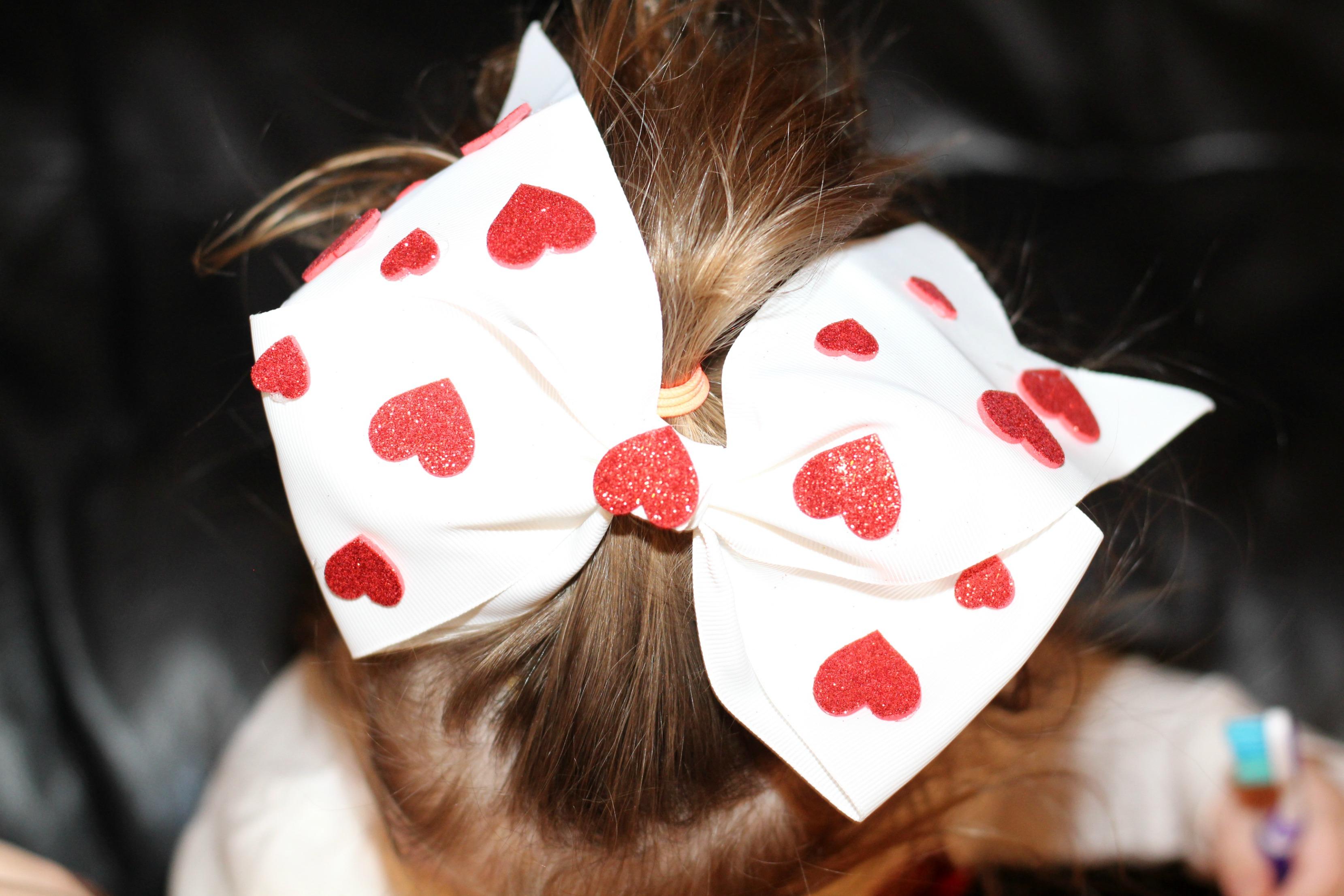 DIY Heart Hair Bow Inspired by Amazon's Creative Galaxy