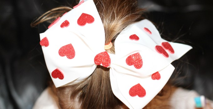 DIY Heart Hair Bow Inspired by Amazon's Creative Galaxy Heart Day