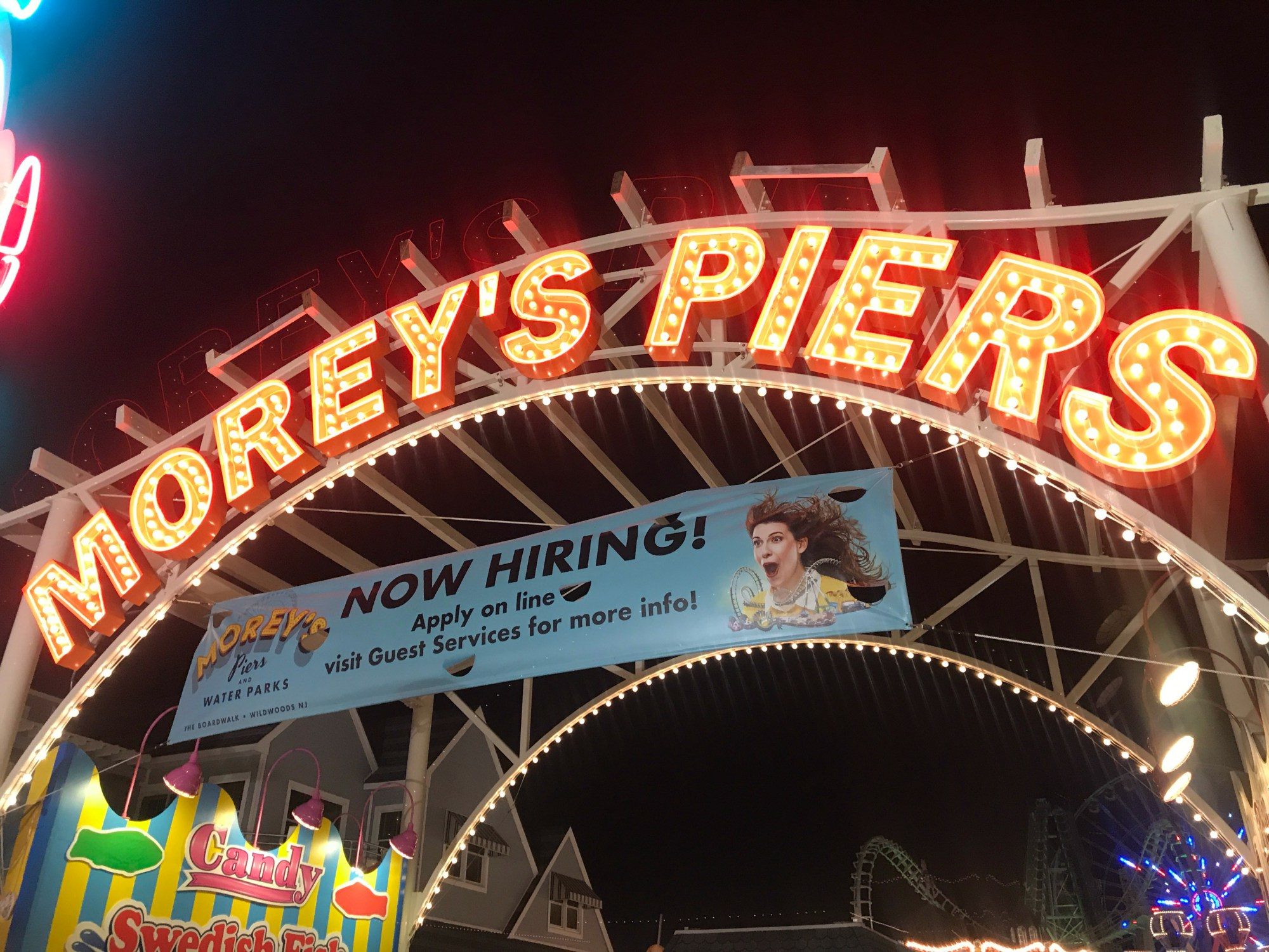 Morey's Pier Holiday Sale