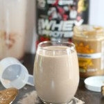 Chocolate Banana Protein Smoothie + 5 Tips to Help You Tackle Your New Years Resolutions