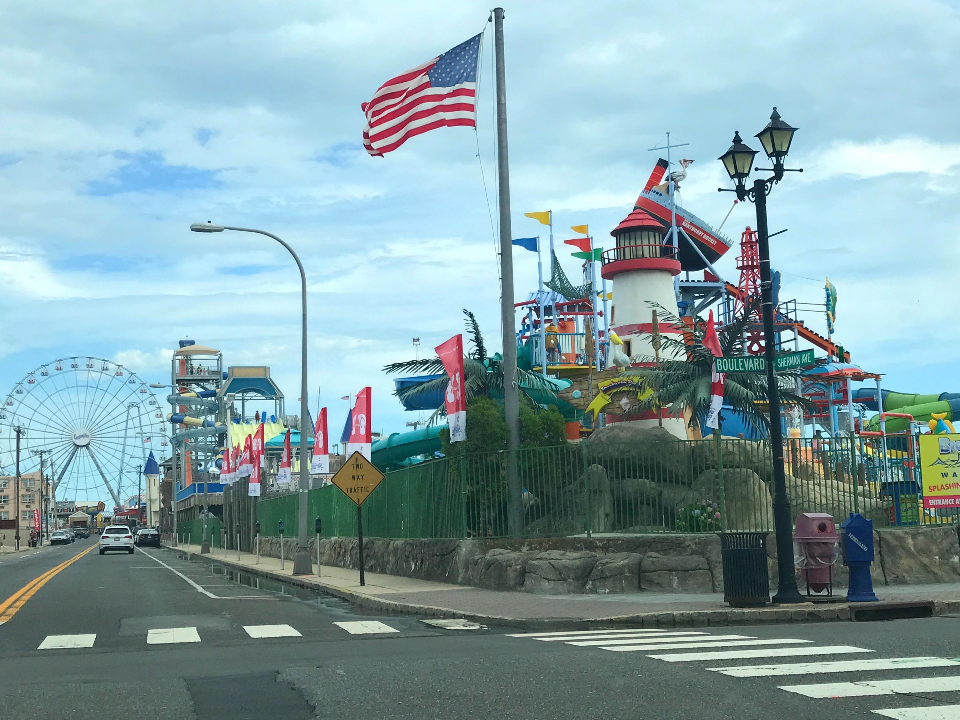 Casino pier Street View