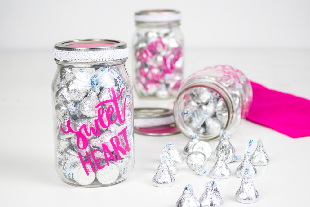 Cricut DIY Valentine's Day Candy Jar