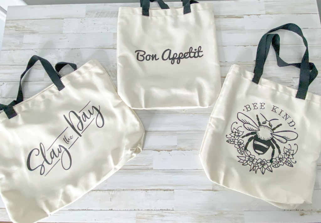 DIY Cricut Reusable Tote Bags
