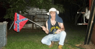 dylann roof with confederate battle flag