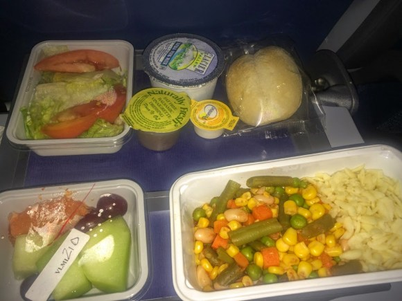 airplane food what to eat Delta inflight meal JFK-Manchester