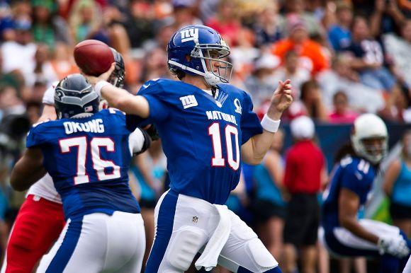 1920px-Eli_Manning_2013_Pro_Bowl