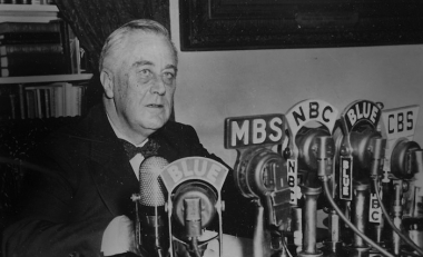 How did Trump win How FDR used radio to beat Hoover How Donald Trump used Social Media