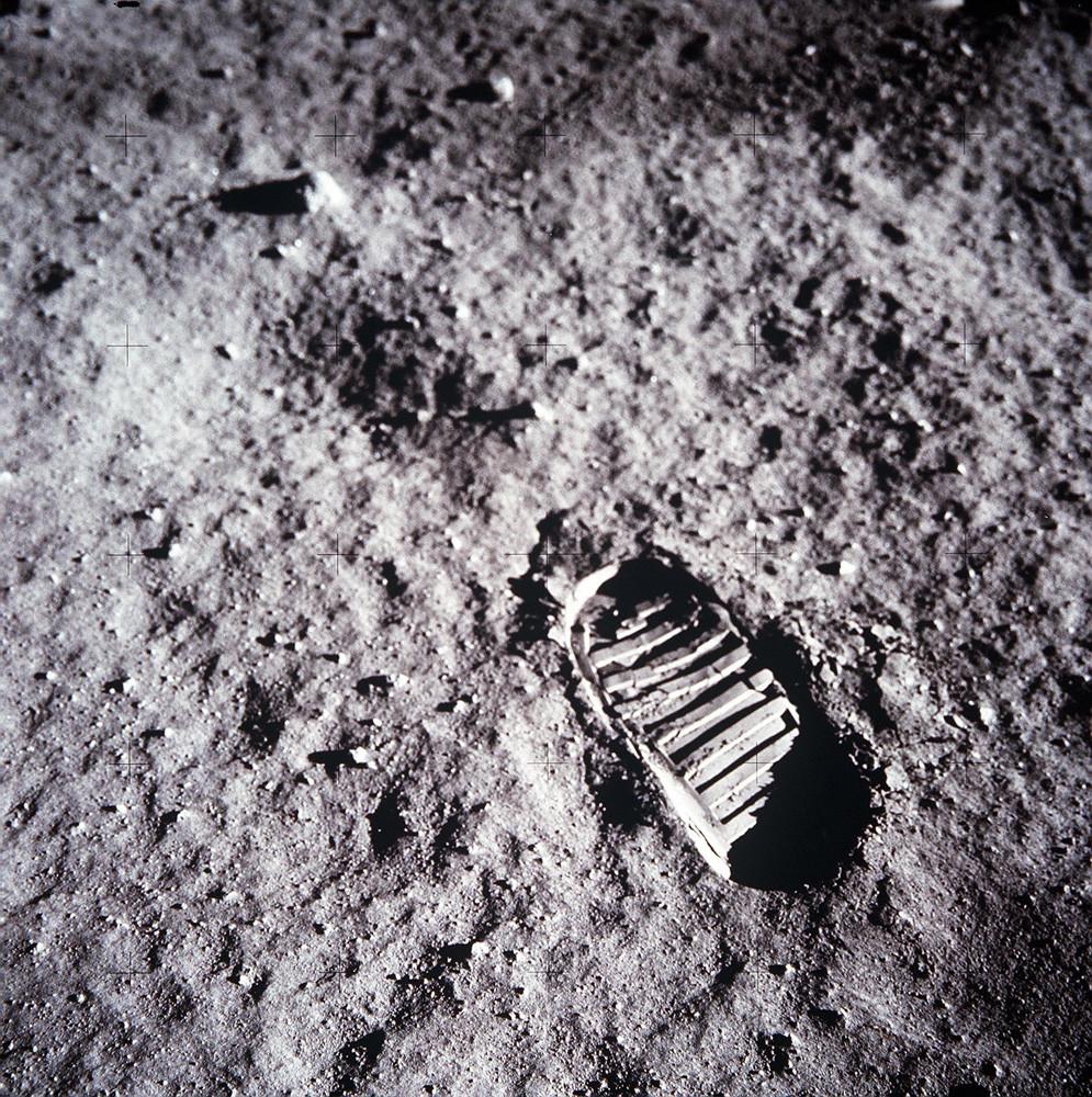 W.M.H. – 12/30/16 (NASA, 1969)