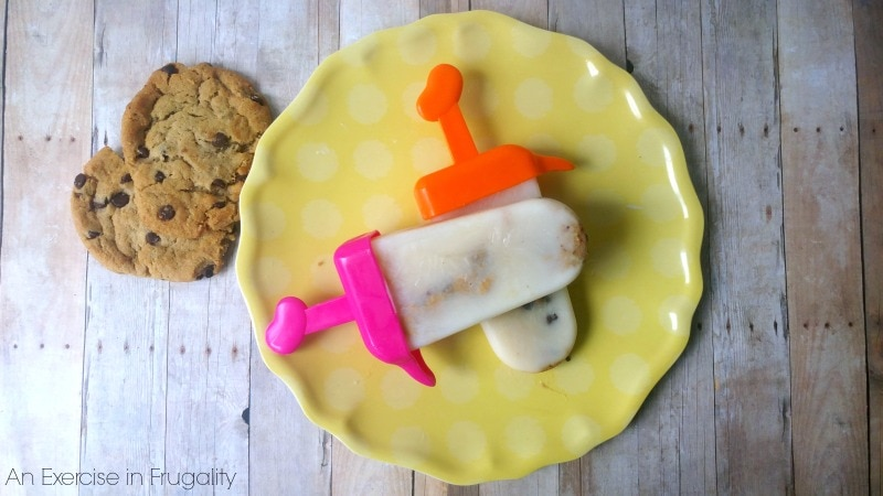 Milk and Cookie Pops-less sugar than most ice cream pops, yet still YUMMY!
