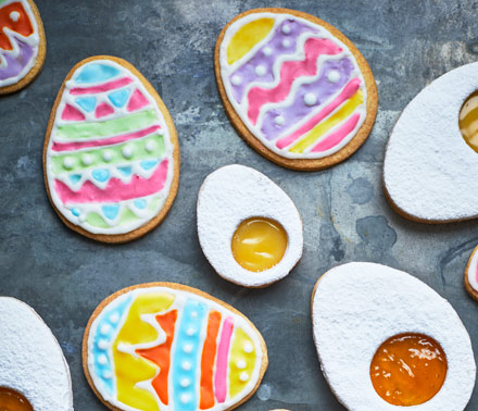 iced-easter-biscuits