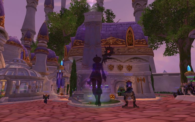 jack-o-lantern-heqded shadow priest in ghost costume levitating in Dalaran