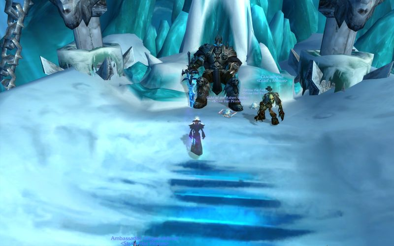 shadow priest approaches Arthas on the Frozen Throne