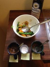 Os potinhos de redução, sal e chia para a salada ®SKLindemann