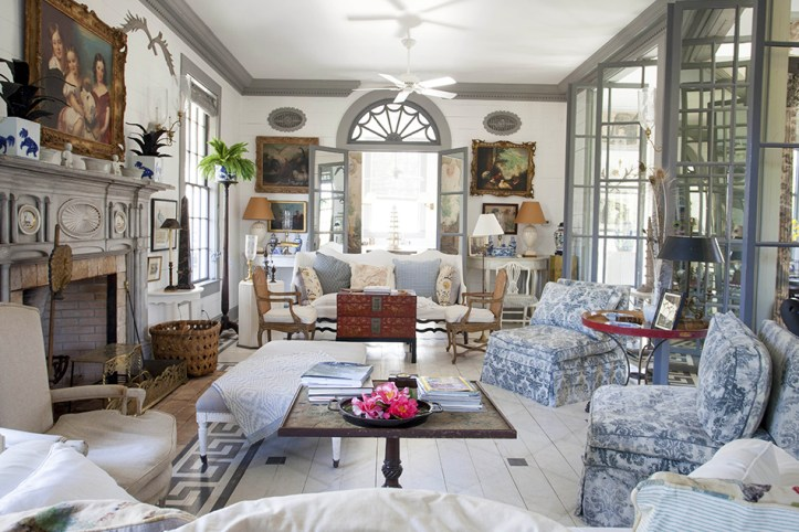Furlow Gatewood living room