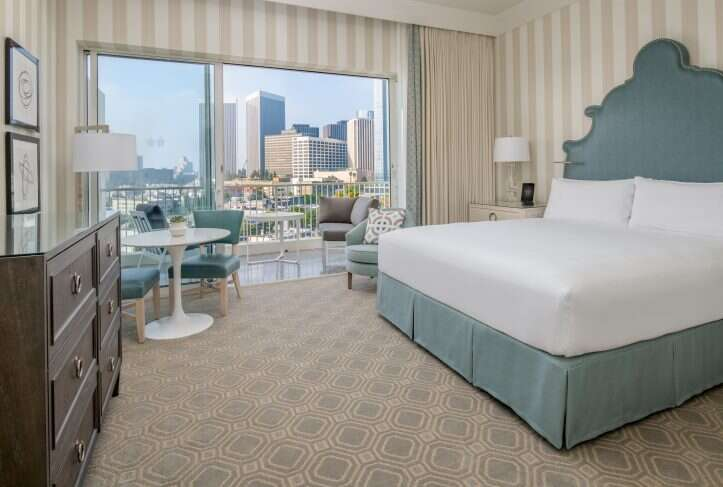 The Beverly Hilton hotel room
