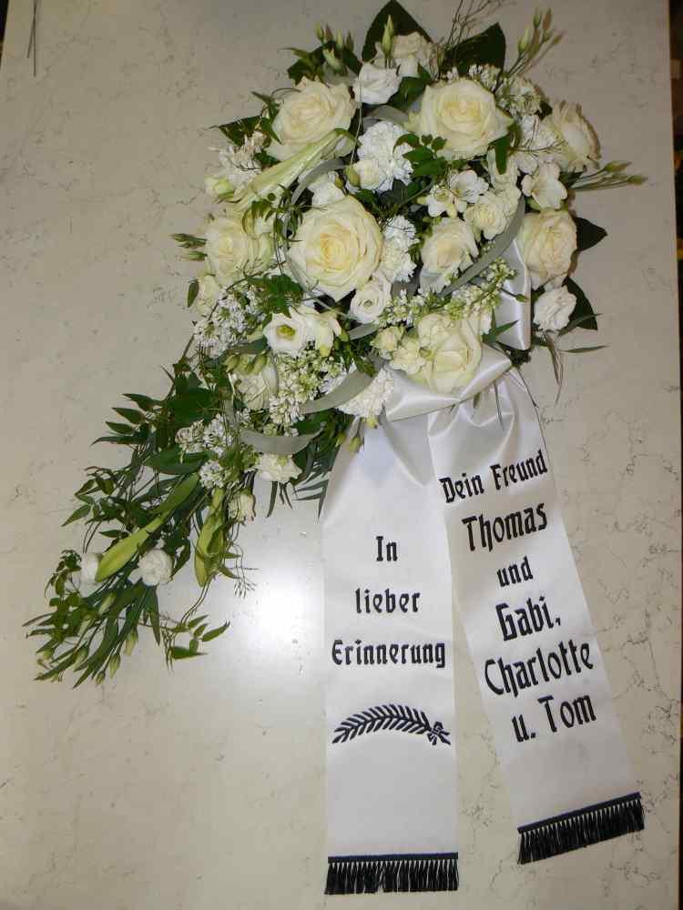 Trauerkrnze  Trauergestecke zur Beerdigung online