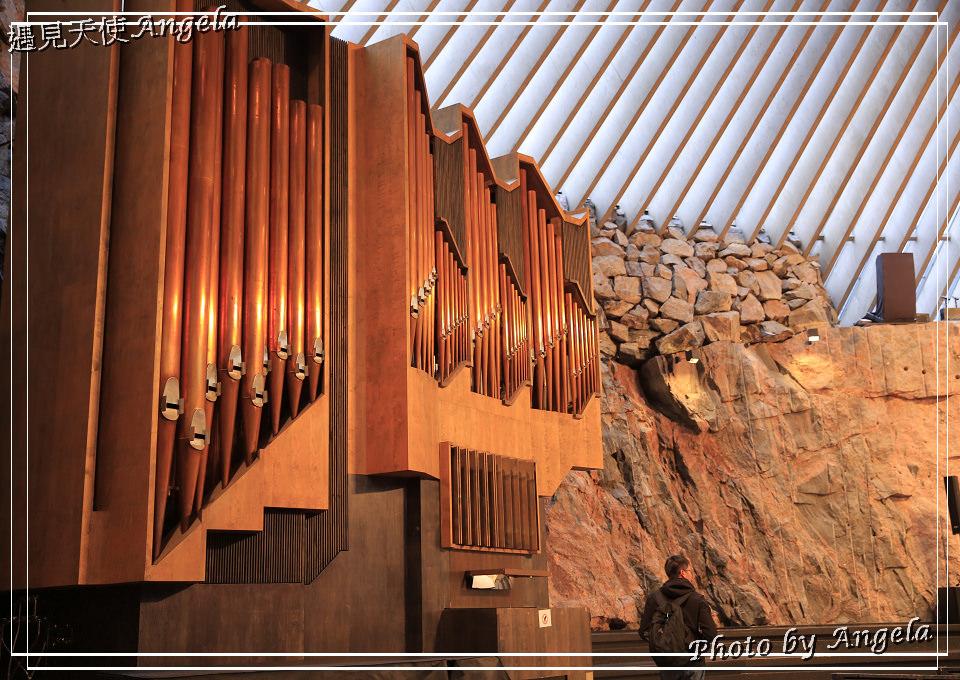赫爾辛基旅遊必訪-巖石教堂 Temppeliaukio Church 像飛碟的圓頂新穎教堂不可錯過! - 遇見天使~Angela