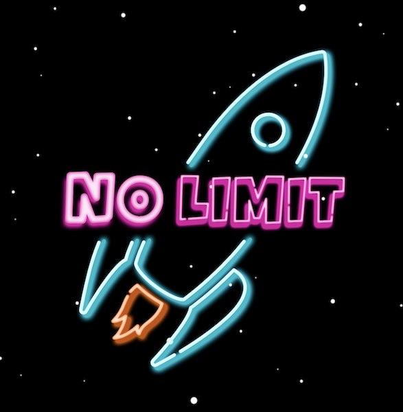 Das NO LIMIT Logo. Eine hellblauer Umriss einer Rakete im Neonreklamestil der 90er Jahre. Darüber ein pinker Schriftzug: NO LIMIT.