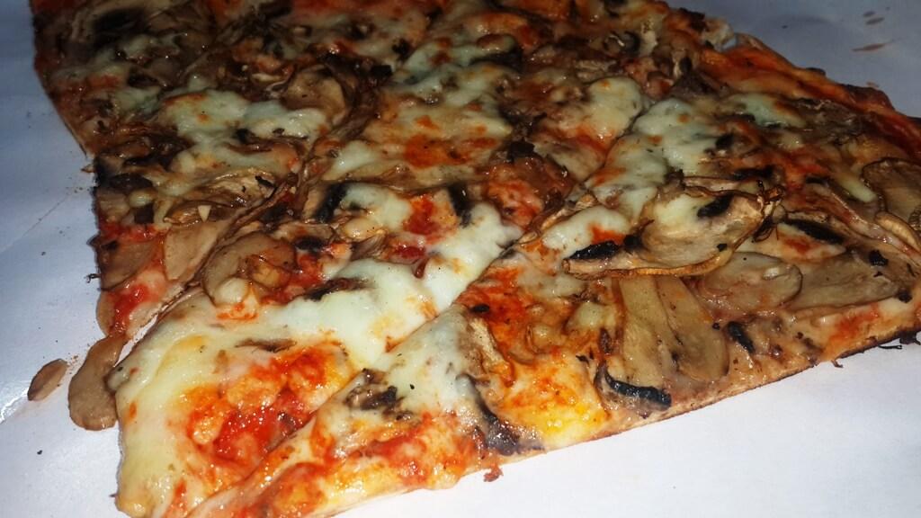 Mâncarea italiană - pizza