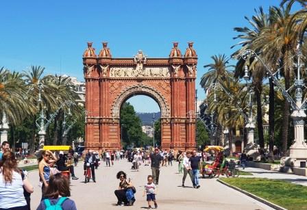 Barcelona în 5 zile - Arcul de Triumf