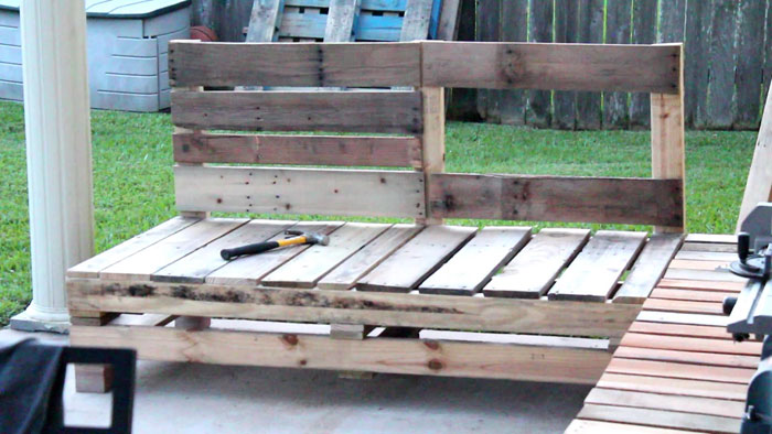 pallet furniture patio. Great DIY Pallet Furniture Patio Sectional | Outdoor Living