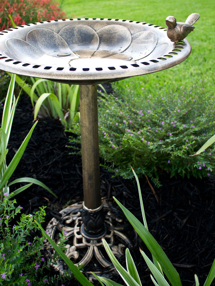 Gardening: Front Yard Curb Appeal | Outdoor Living | Bird Bath | Yard Work |Flowers | Flower Bed |Home Improvement