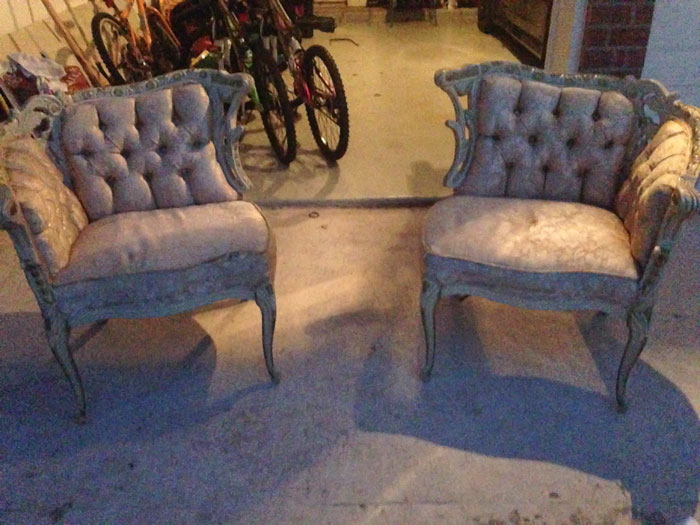 Reupholster Antique Furniture | Purple Velvet Sofa | Craig's List Find | Furniture DIY | Furniture Refinishing
