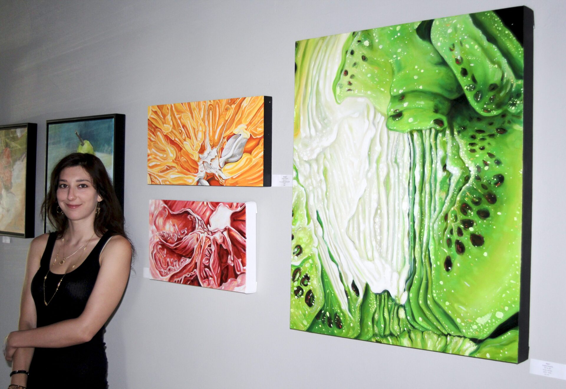 Contact  Angela Faustina